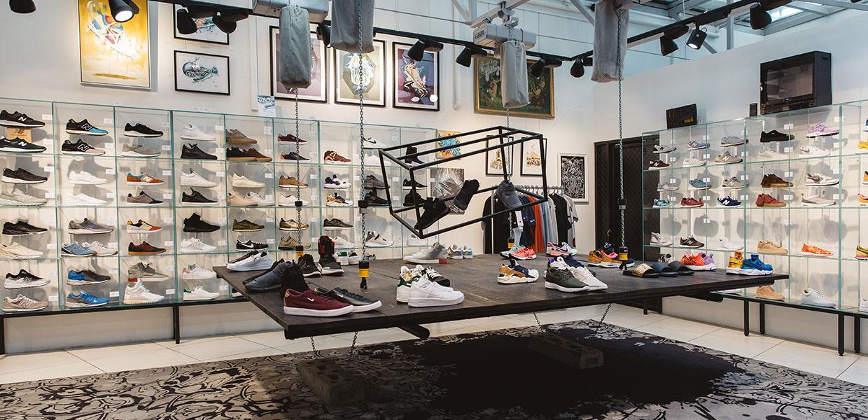 Women Shoes - Men Shoes - Sneakers | Steffl Department Store